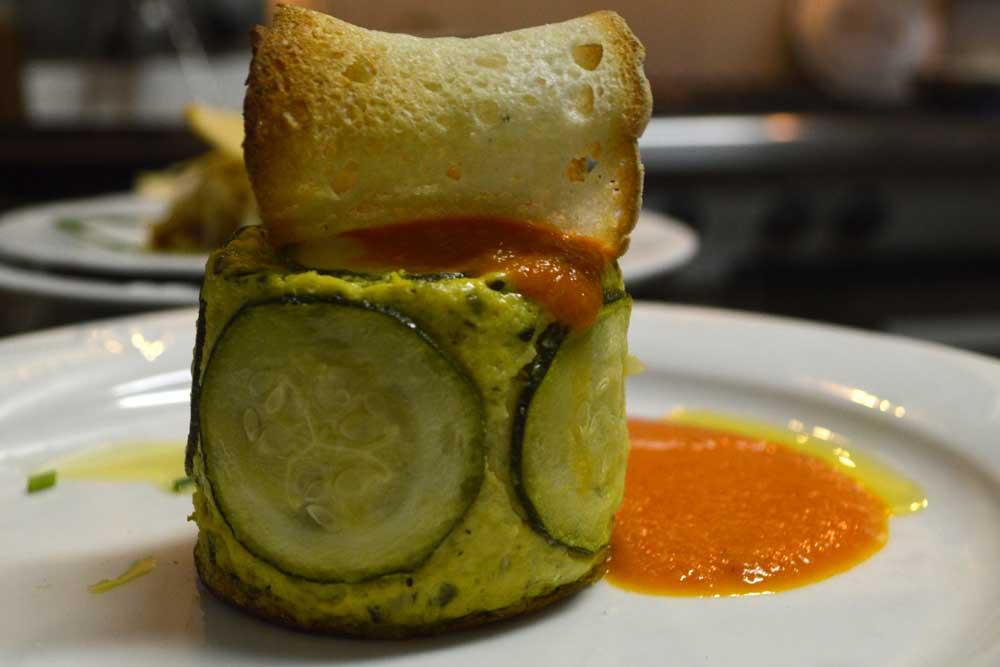 sformatino-di-zucchine-con-salsa-di-pomodoro